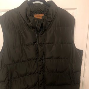 Men's St. John Bay Puffer Vests